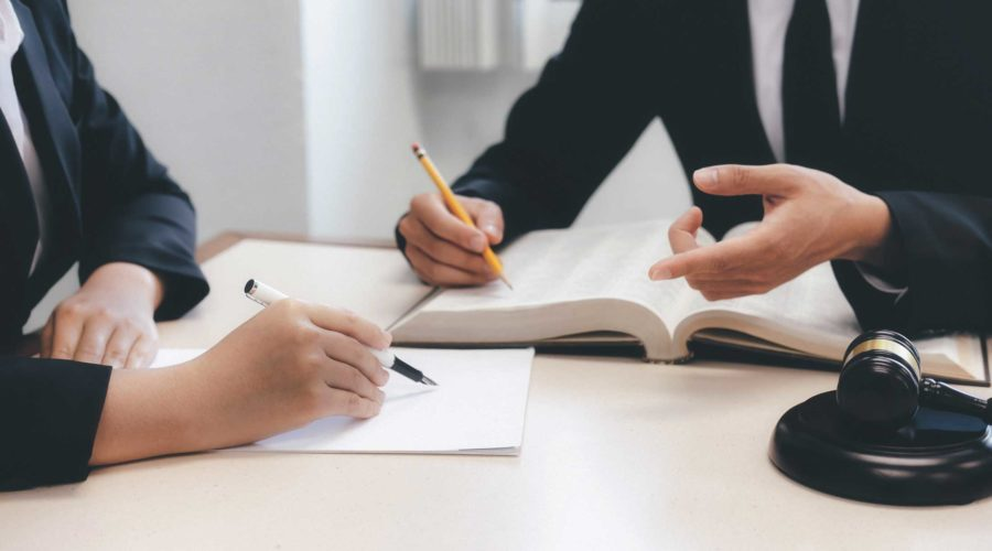 How to Become a Lawyer - Five Steps You Should Follow to Start a Brilliant Career
